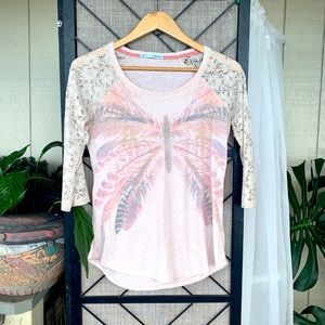 Maurices Butterfly 3/4 Length Lace Sleeve Small